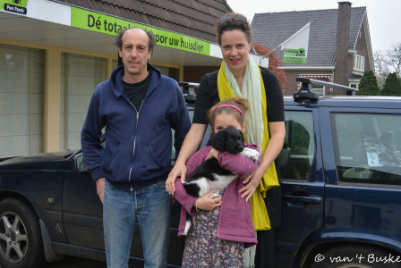 Dan, Hester en Robin met Rufus. Hij gaat naar onze hoofdstad Amsterdam maar zal ook wel eens in Frankrijk te vinden zijn