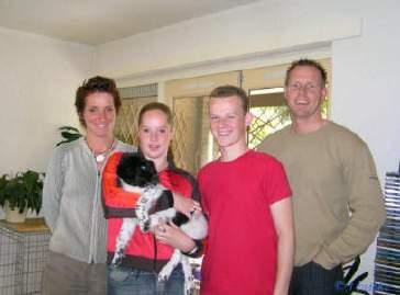 Fenna gaat met de familie Bakermans naar Eindhoven