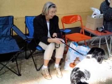 Olga wacht met Deejay op haar beurt
